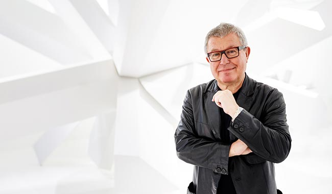 Daniel LibeskinD<br/>And a new sparkling star
