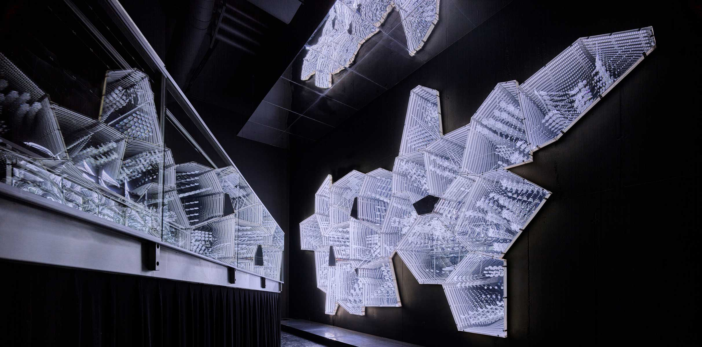 Lee Bul Exhibition
