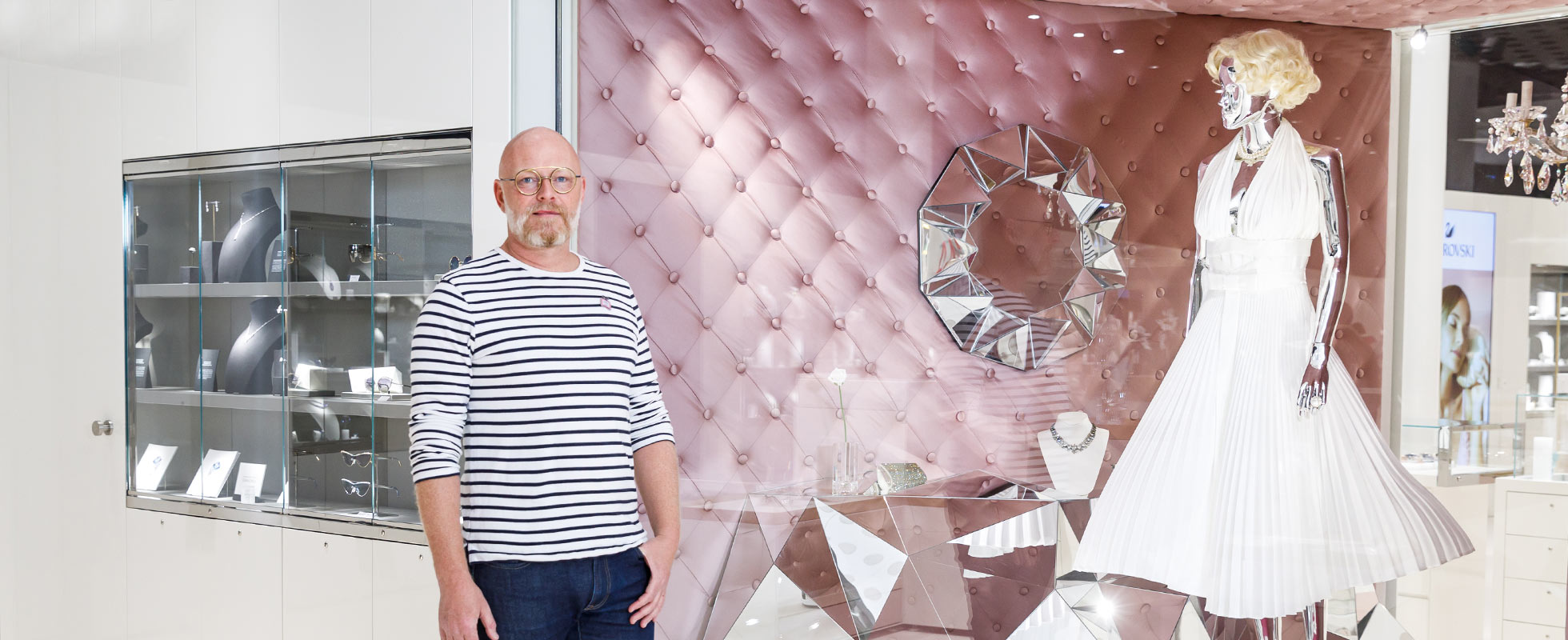 Marcel van Doorn created art spaces for Swarovski Crystal Worlds.
